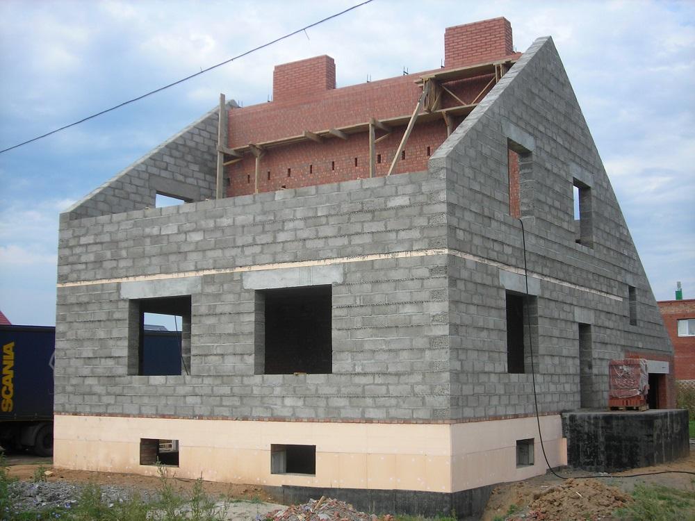Дом из керамзитовых блоков